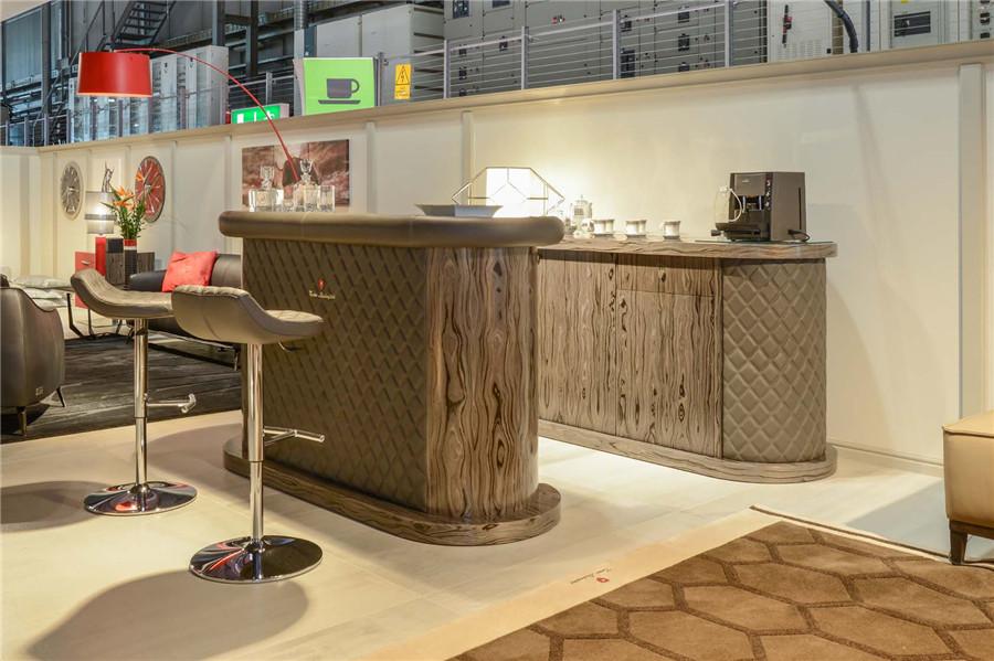 LAMBORGHINI餐厅家具
