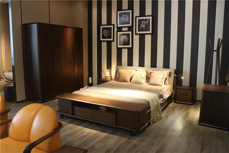现代简约风格卧室家具