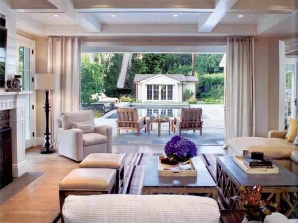 即使简约亦能打造休闲,完美体现家庭软装包括哪些