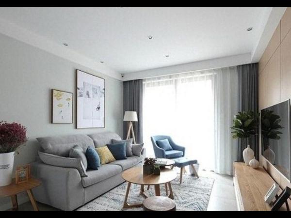 家居装饰中布艺沙发和皮质沙发有什么不同?