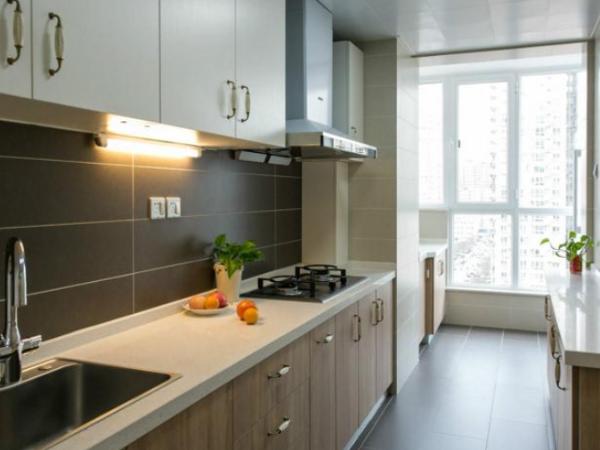 软装装修中装修厨房该选哪种橱柜台面?