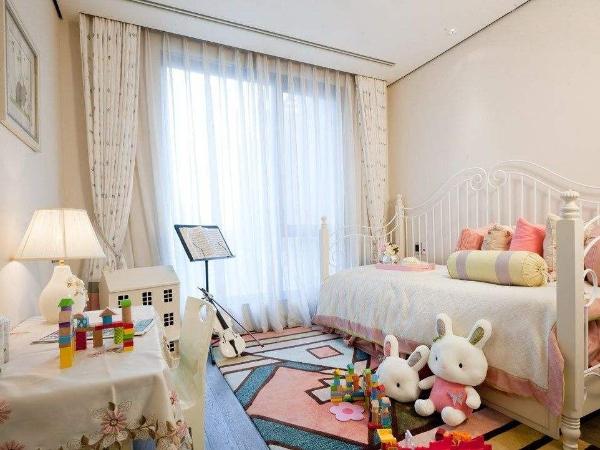 铭凤凰软装:儿童房壁纸软装的必要性